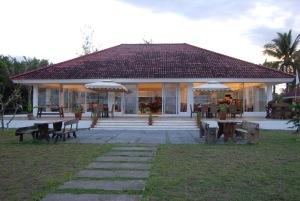 Bahia de Baler Dining Area
